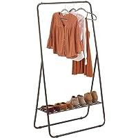 mDesign Perchero de pie – Colgador de ropa portátil para el dormitorio, el armario o el recibidor – Práctica barra…