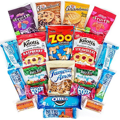 (Hangry Kit Sweet Snack Sampler - Care Package - Gift Pack - Variety of 20 Cookies, Crackers & Fruit Snacks Included - 100% by Hangry Kits)