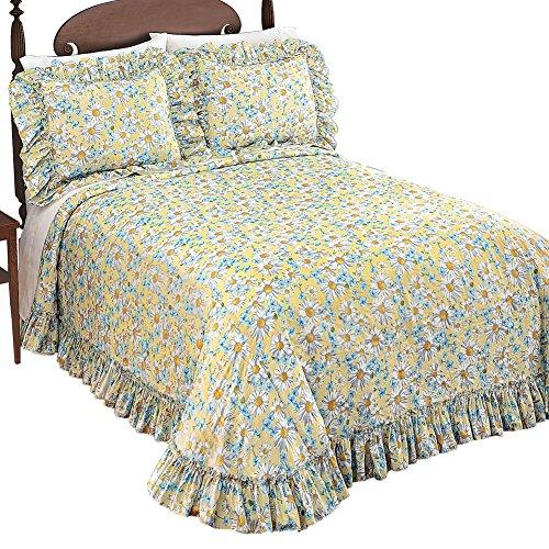 Daisy Plisse Ruffle Medium-Weight Bedspread, Queen
