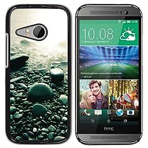 // PHONE CASE GIFT // Duro Estuche protector PC Cáscara Plástico Carcasa Funda Hard Protective Case for HTC ONE MINI 2 / M8 MINI / Guijarros de la playa /