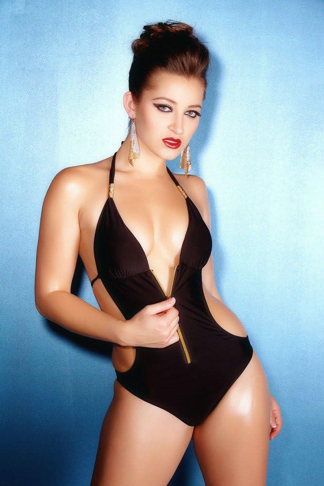 Nathalie Emmanuel Sexy Hot Girl Poster 24x36 Amazon Ca Home