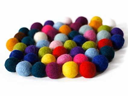 8c150da3b4 Colección llena de color de 50 bolas de fieltro  quot Vacaciones Mix quot   de 2