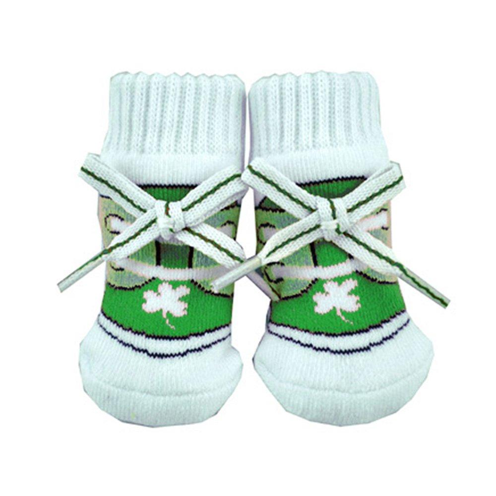 Amazon.com: Bebé Verde/Blanco recién nacido Shamrock Booties ...