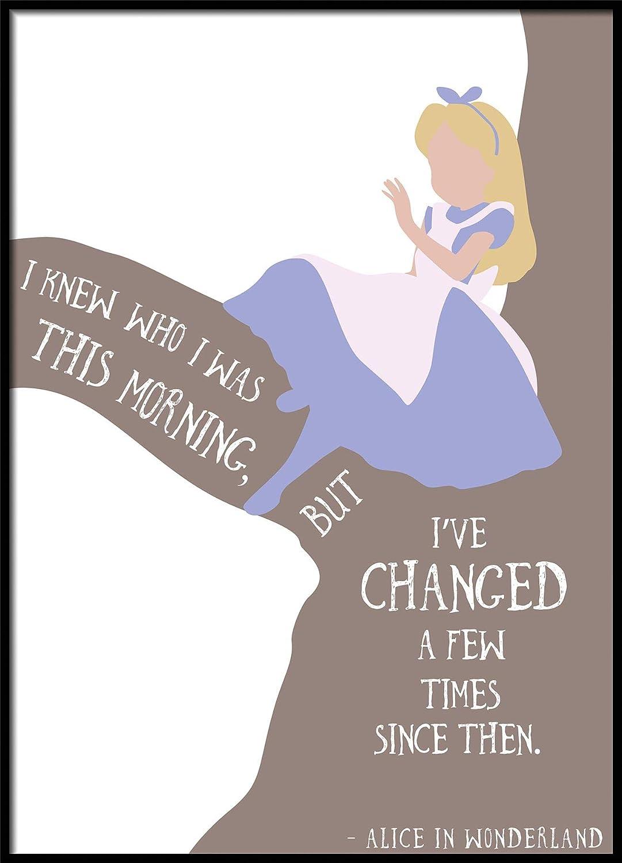 Alice au pays des merveilles –  I Knew qui J'é tais CE Matin pour enfant Chambre d'enfant illustrations A1 Size 33.1 x 23.4 Inch Printers Mews