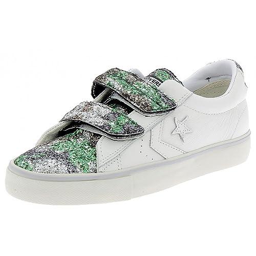60a735c219be1 Converse - Zapatillas de Cuero para Mujer  Amazon.es  Zapatos y complementos