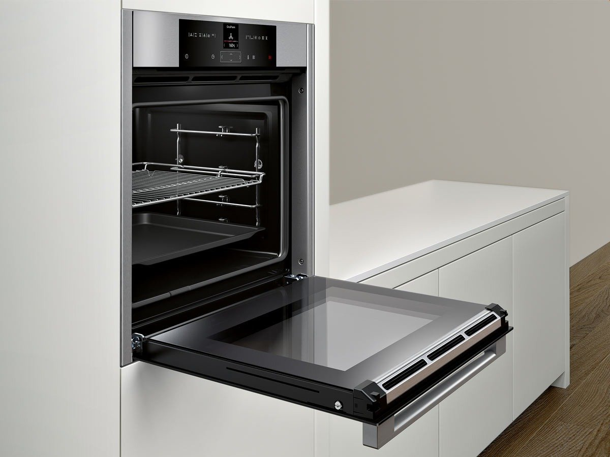 elektroherd einbau affordable bauknecht heko in a steel. Black Bedroom Furniture Sets. Home Design Ideas