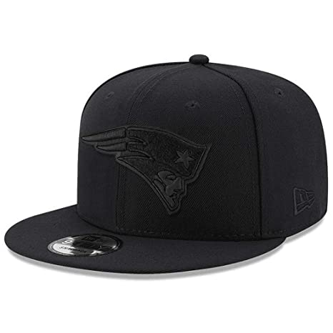 Image Unavailable. Image not available for. Color  New Era New England  Patriots Hat NFL Black on Black 9FIFTY Snapback Adjustable Cap Adult One 73f399920
