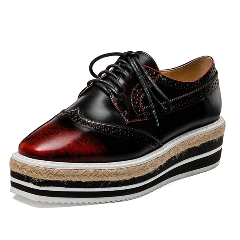LIGHTBACK Women Two-toned Platform Wingtips Round Toe Oxfords Shoes