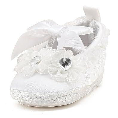 6408f0b945ba0 DELEBAO Blanc Chaussure Bebe Fille Baptême Pantoufle Bébé Chaussure Souple Bébé  Fille (Chaussures
