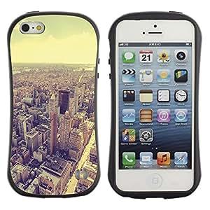 Paccase / Suave TPU GEL Caso Carcasa de Protección Funda para - skyline vignette sepia architecture city - Apple Iphone 5 / 5S