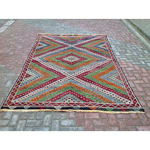VINTAGE Handwoven Turkish Kilim Rug