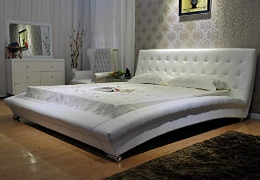 GREATIME B1053-5 Eastern King White Modern Platform Bed