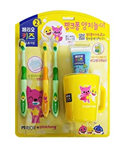 Pinkfong Baby Shark Kids Toothbrush Toothpaste Cup Set (2-4 Years Old)