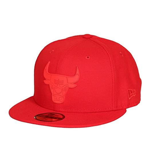 601508d4369 New Era Men Caps Fitted Cap Team Rubber Logo Chicago Bull red 7 1 . Roll  over image to zoom in