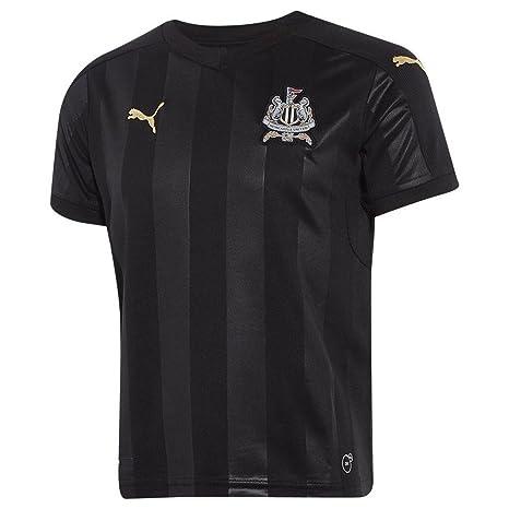110b5b4193fa0 Amazon.com: 2017-2018 Newcastle Puma Leisure Jacket (Black) - Kids ...