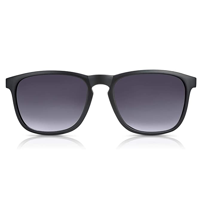 Amazon.com: In Style Eyes - Gafas de sol de Wayfarer, negro ...