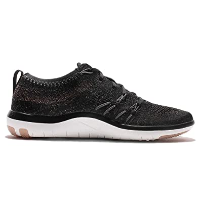 énorme réduction 701bd 13e6d Nike Women's WMNS Free TR Focus Flyknit, Black/Dark Grey, 7 M US