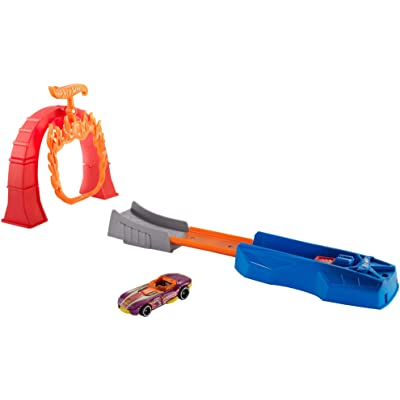 Hot Wheels Flame Jumper Playset: Toys & Games