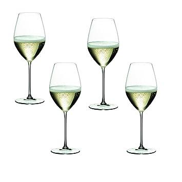 a77656ba99e4 Riedel Veritas Champagne Glass Set of 4 (6449 28)  Amazon.co.uk  Kitchen    Home