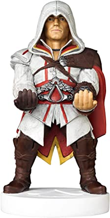 Comprar Cable guy Ezio de Assassin's Creed, soporte de sujeción o carga para mando de consola y/o smartphone de tu personaje favorito con licencia de Ubisoft. Producto con licencia oficial. Exquisite Gaming
