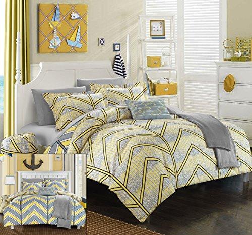 10 Piece Full Comforter - 2