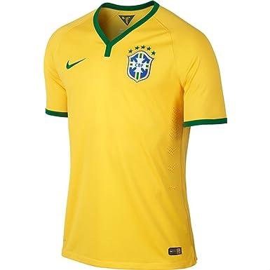 6e62a332d Nike Football Jersey   2014-2015 Brazil World Cup FIFA Home Soccer Shirt  Stadium Version  Amazon.co.uk  Clothing