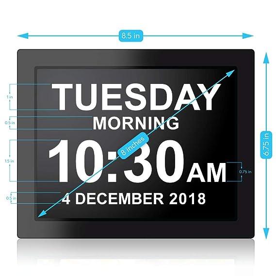 Day Clock - Reloj Digital Grande, Sin Abreviaturas, Para Ancianos y Pacientes con Demencia - 5 Opciones de Alarmas y Recordatorios de Medicamentos - 1 Año ...