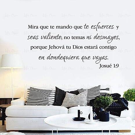 Calcomanía de pared española para ser fuerte y valerosa citas de vinilo pegatinas de pared para iglesia versículo bíblico sala de estar dormio decoración del hogar: Amazon.es: Bebé