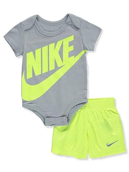 e76ab8c3784f1 Amazon.com: Nike Baby Boys' 2-Piece Short Set Outfit - Volt, 9-12 ...