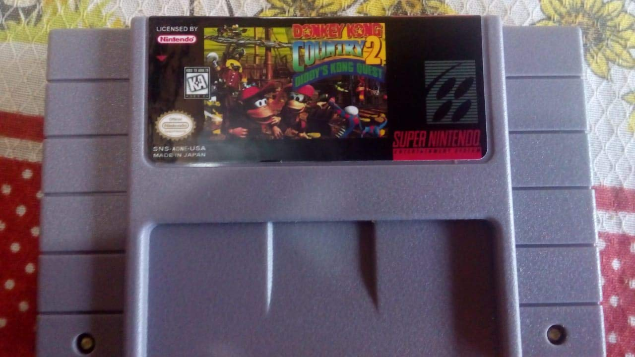 Donkey Kong Country 2 ~ Diddys Kong Quest ~: Amazon.es ...