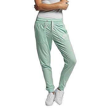 f177bef4b2151 Nike Vintage Pantalon Femme  Amazon.fr  Vêtements et accessoires