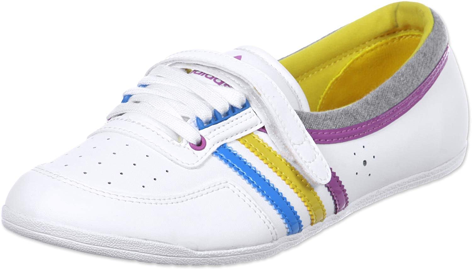 sports shoes 9c5f0 e0ffc adidas Originals Womens Concord Round W-2 Low-Top Sneakers
