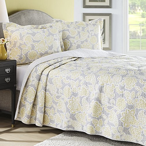 Full / Queen Size Reversible Quilt Set in Elegant Yellow / Gray Floral Patterns - 3 Pieces (Floral Pattern Yellow)
