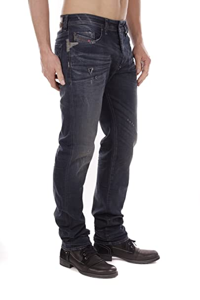 98ffcda246e2 Diesel Buster 0838V Stretch Jeans para hombres (Azul Oscuro