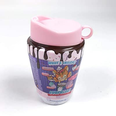 """Smooshy Mushy 174930R4 """"Series 4"""" Cups & Cakes Collectible Novelty (color chosen at random): Toys & Games"""