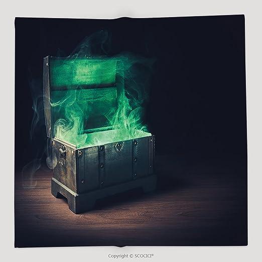 Custom abierto S caja de Pandora con verde humo sobre un fondo de ...