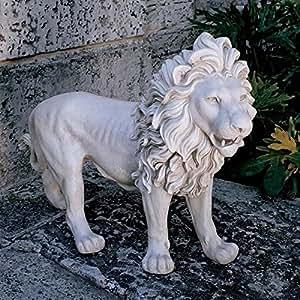 Design Toscano 25-1/2 in. Regal Lion of Grimshaw Manor Statue