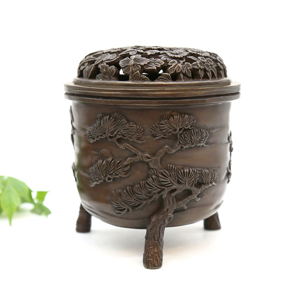 YONG HE XUAN Hand-Made Brass Incense Burner (Pine, Bamboo and Plum Blossom) Contain Incense Holder Net Weight: 1159g (Approx.) Chinese Classical Style Traditional Technology by YONG HE XUAN (Image #1)