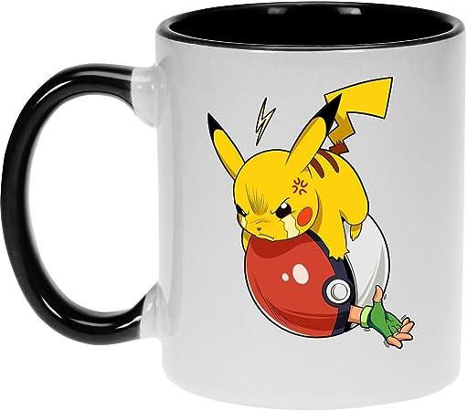 Okiwoki Mug Noir Pokémon Parodique Pikachu Et Sasha Vengeance Parodie Pokémon