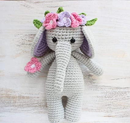 Crochet Elephant Edging Free Crochet Pattern - DIY Magazine | 403x425