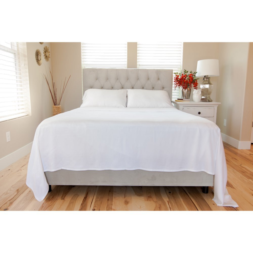 Premium Bamboo Sheets by Cozy Earth 4 Piece Bed Sheet Set Exceptional Softness at the Perfect Temp (King)
