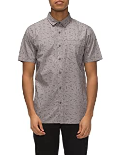 875b542f7e10a Amazon.com  Tavik Men s Shin Short Sleeve Shirt  Clothing
