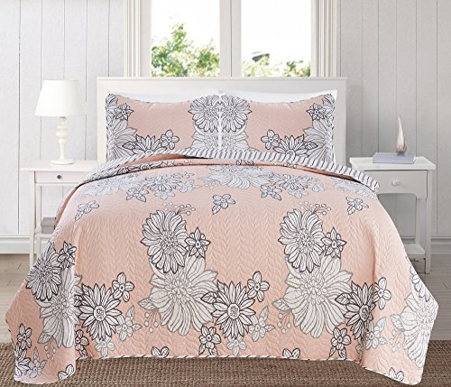 Great Bay Home 3-Piece Printed Quilt Set with Shams. Bright All-Season Cotton-Polyester Bedspread with Beautiful Floral Pattern. Bloomsbury Collection By Brand. (King, Pink)