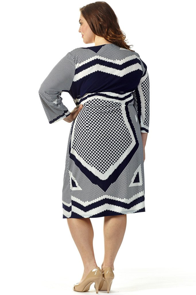 Celebrations Women's Plus Size Good Vibes Dress 18 Navy/Cream Print