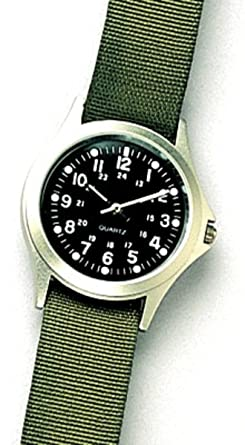 Amazon.com  Military GI Style Quartz Watch with Olive Drab Band  Watches 2a752f9bbb8