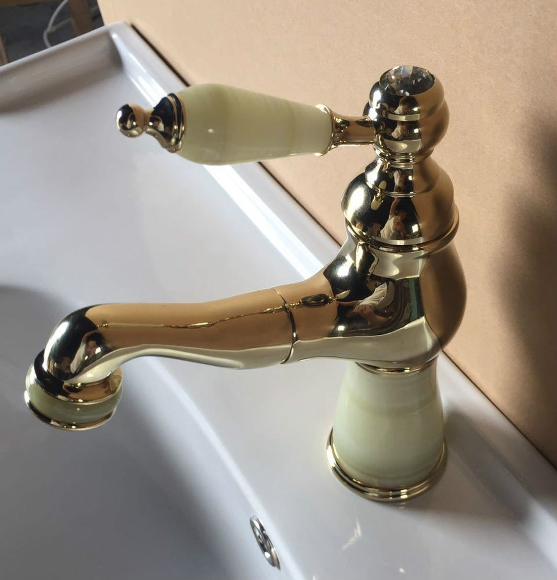 MDRW-Pull type multifunctional cold and hot water tap