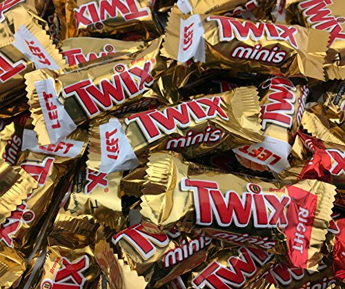 TWIX Caramel Minis Fun Size Chocolate Cookie Bar Candy, Treat Size Bulk Pack (Pack of 2 Pounds)