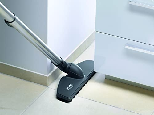 Parquet floor head has soft bristles to help you clean delicate flooring without damaging it