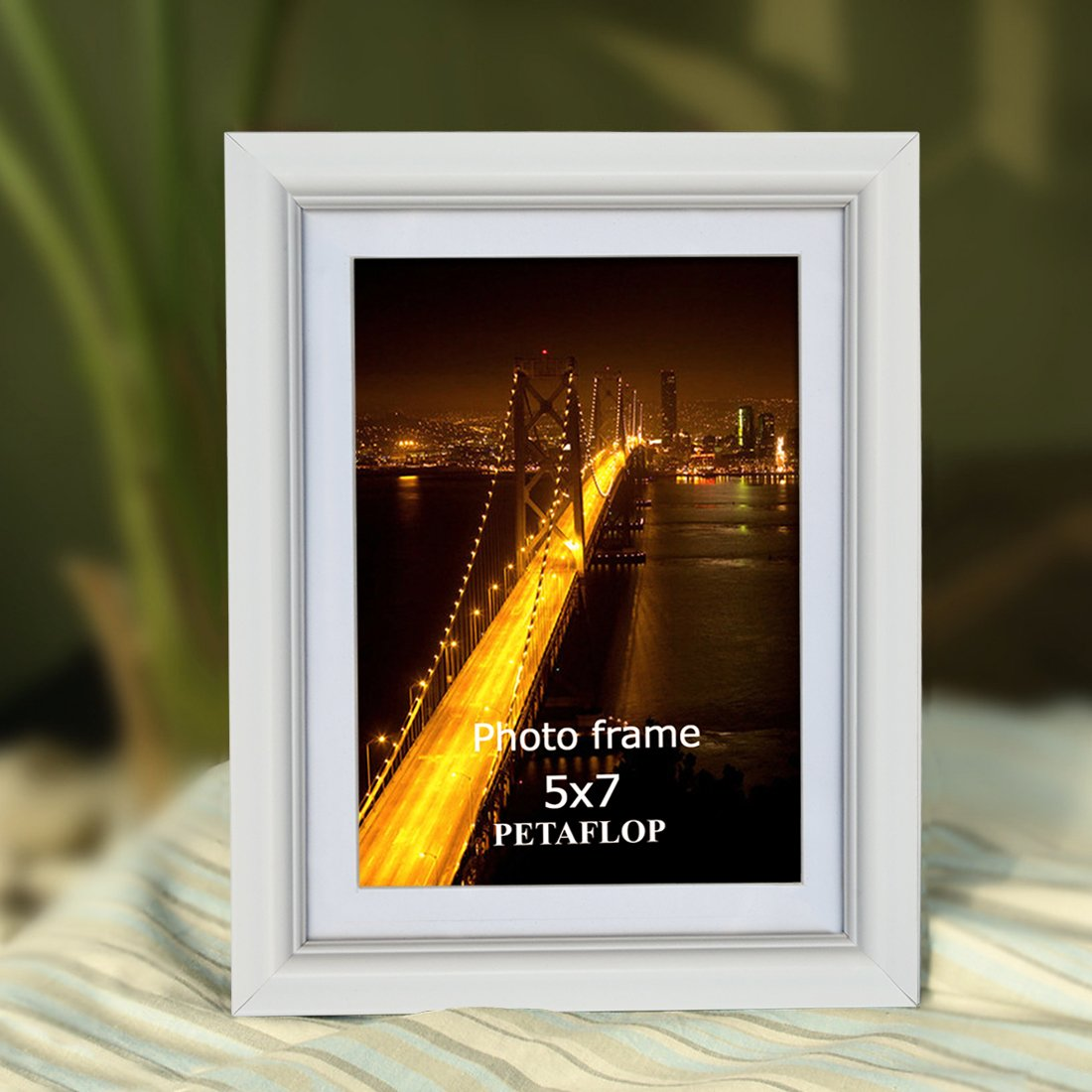 PETAFLOP 5x7 Picture Frame Set Hold 5 by 7 inch White Photo Frames, Set of 8 Pieces by PETAFLOP (Image #2)