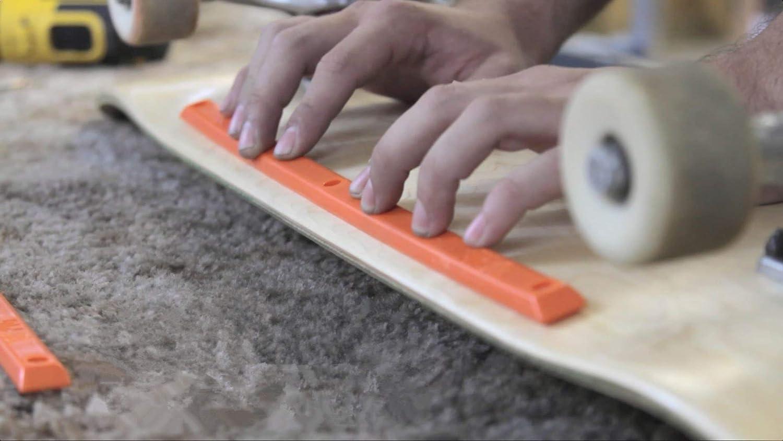 Skateboard Longboard Deck Rails Edge Protect with Mounting Screws 1 Pair White Black